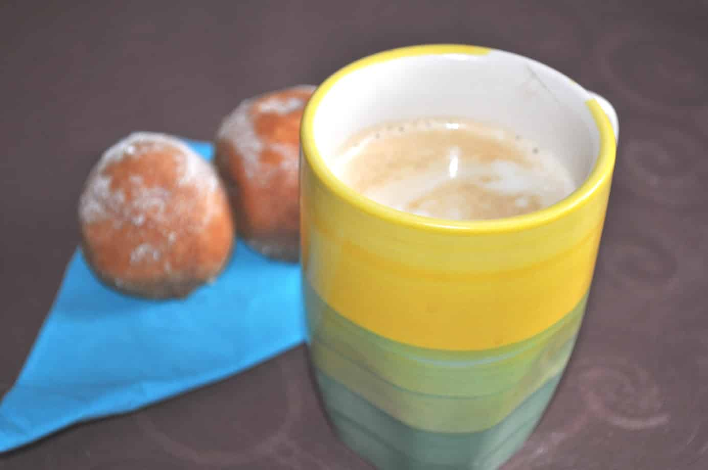 Legga Kaffee mit Quarkbällchen